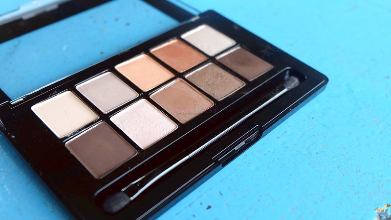 revlon-not-just-nudes-passionate-eyeshadow-palette-6