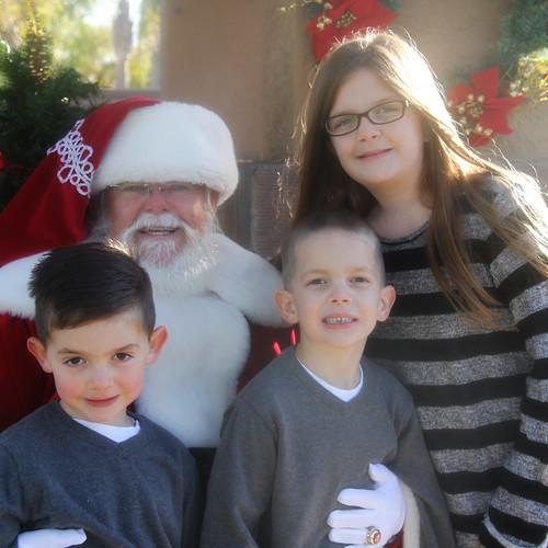 Kidsand Santa