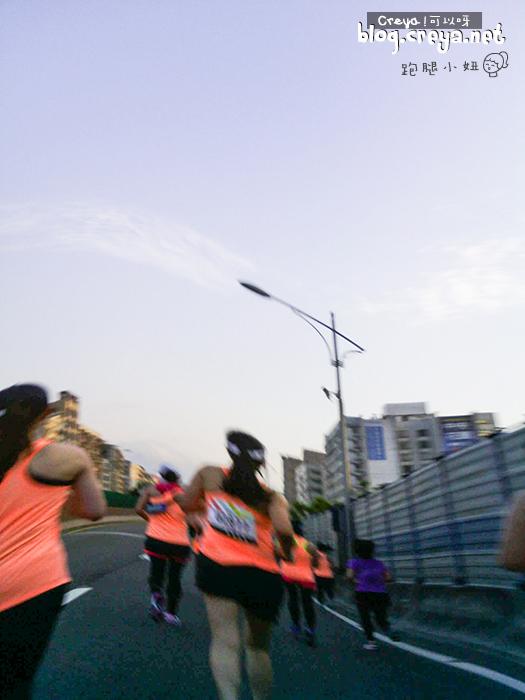2015.6.22 ▐ 跑腿小妞▐ 那一年我昏倒的 2015 NIKE #WERUNTPE 女生半馬 女子 WE RUN TPE Taipei 賽事 15