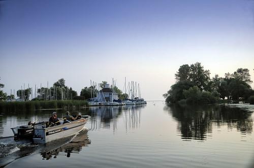 summer usa newyork sunrise reflections fisherman boating lakeontario brockport sandycreek brockportyachtclub