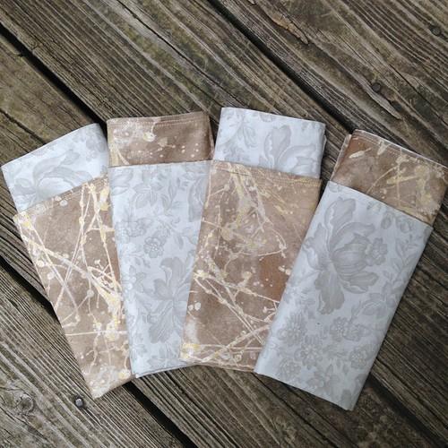 Reversible napkins