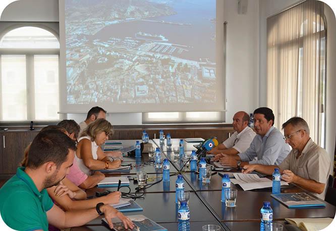 Cartagena se sitúa como el principal puerto del sureste español en contenedores y tráfico de pasajeros