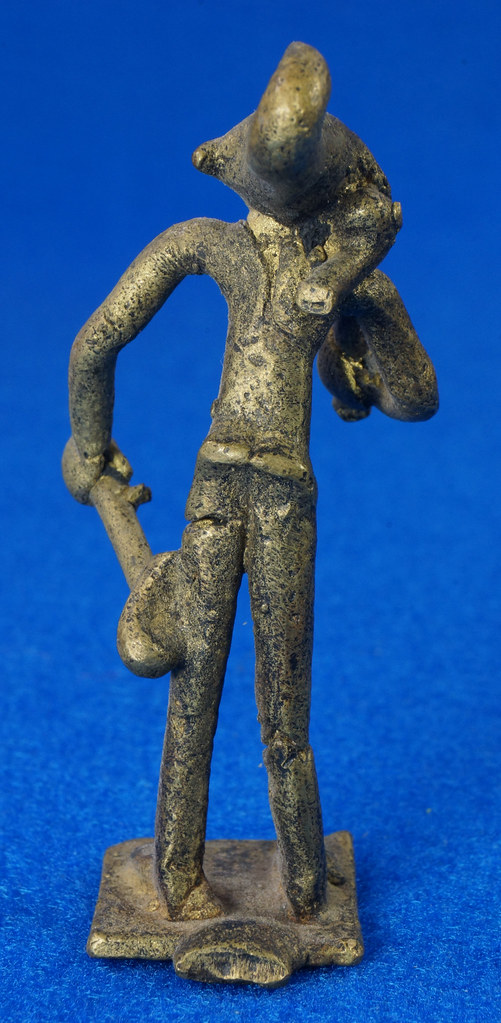 RD14630 4 Vintage African Hand Made Folk Art Primitive Figurines Solid Cast Brass Burkina Faso Yoruba West Africa DSC07077