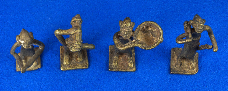RD15104 4 Vintage African Hand Made Folk Art Primitive Figurines Solid Cast Brass Burkina Faso Yoruba West Africa DSC07092