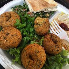 Falafel plate ! #southbay #eats #eatla #tummyyummy