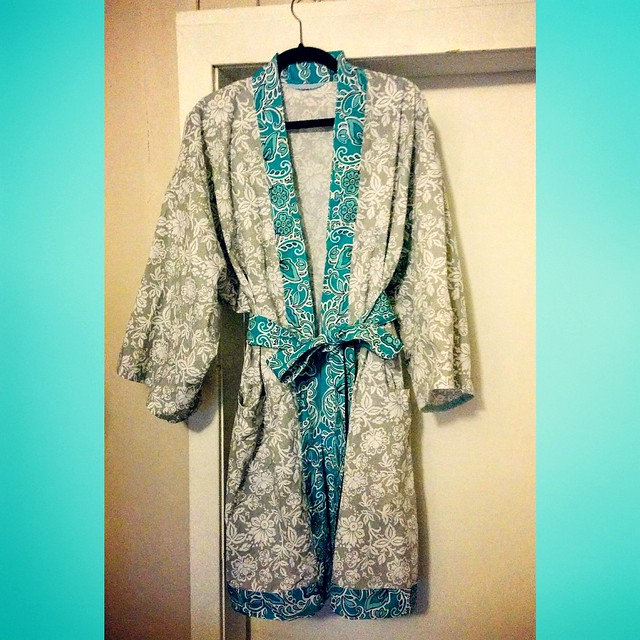 New robe for my mom's 60th-birthday. Pattern from the book