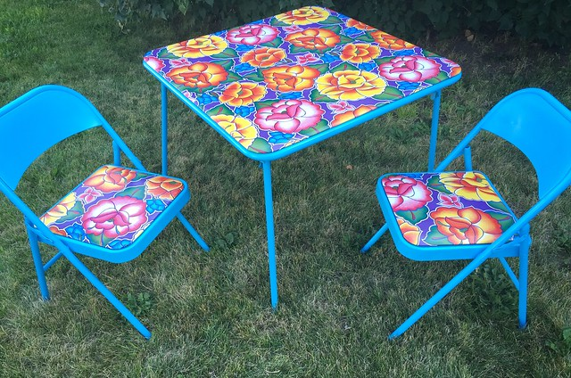 Folding Table and Chairs Makeover