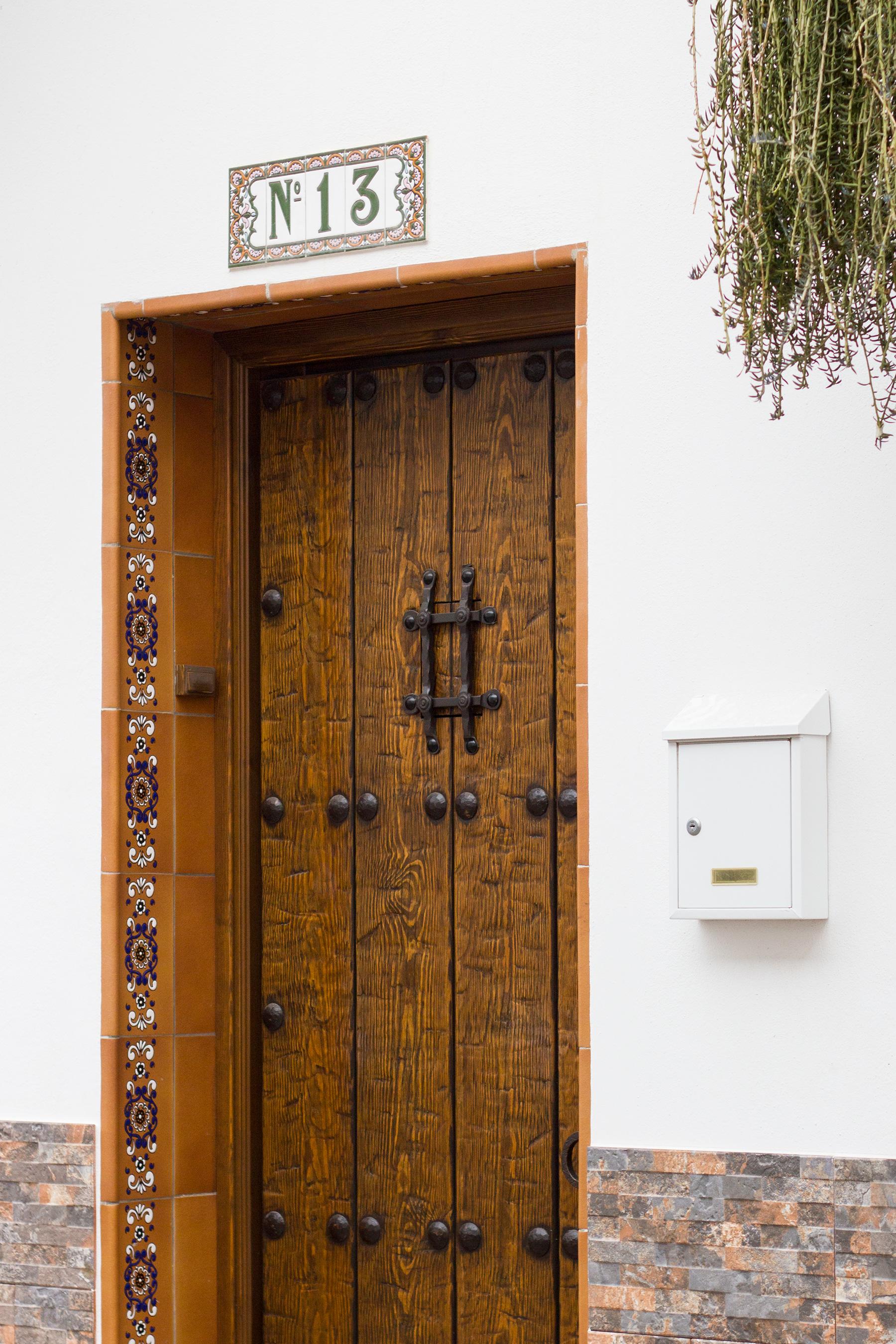 hashtag-door-spanish-architecture
