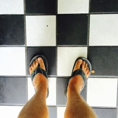 #whereIstand #walkinmyshoes #inmyshoes #tkburger #VansUSOpen  #feet #flipflops #street #checkerboard #beach #waves #wave #ocean #sun #seaside #instatagapp #surf #jj_california #jj_westcoast #HuntingtonBeach #USOpenOfSurf #VansUSOpen #surfing #surfers #Sur