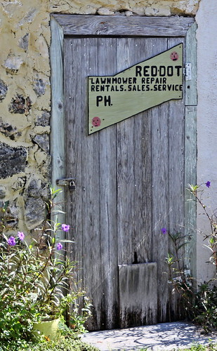door signs buildings humour bahamas rocksound eleuthra