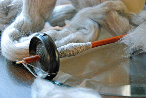 Spinning yak/merino/silk on Tabachek mini drop spindle by irieknit Tour de Fleece 2015