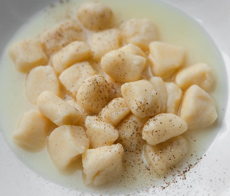 gnocchi di ricotta al parmigiano reggiano-3