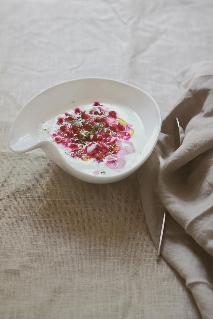 студена супа с цвекло и кисело мляко
