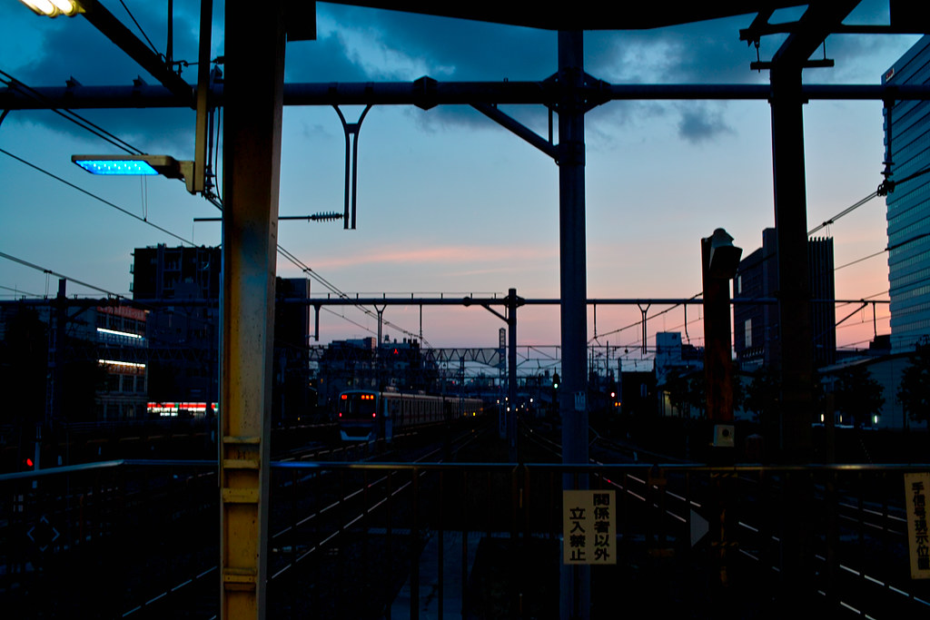 中野駅のホーム