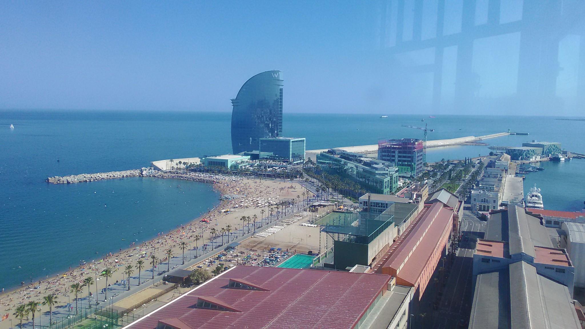 Barceloneta [Barcelona Mare] e lo spettacolare W Barcelona Hotel