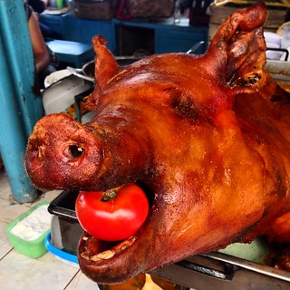 Pig for lunch at Otavalo market