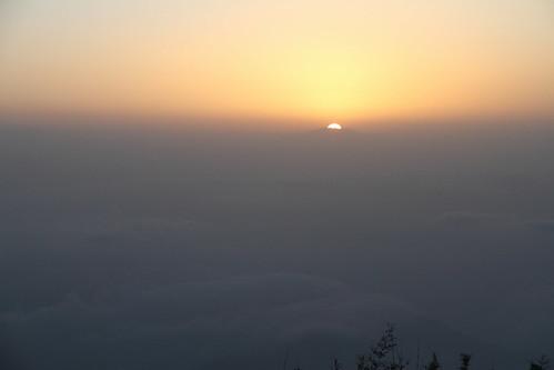morning sky cloud india mountain montagne sunrise ciel nuage darjeeling inde matin leverdesoleil