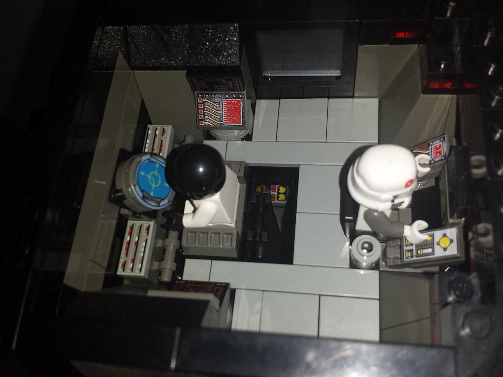 n upper command deck