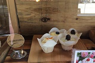 Santa Cruz - Mutari Buttercup Cakes