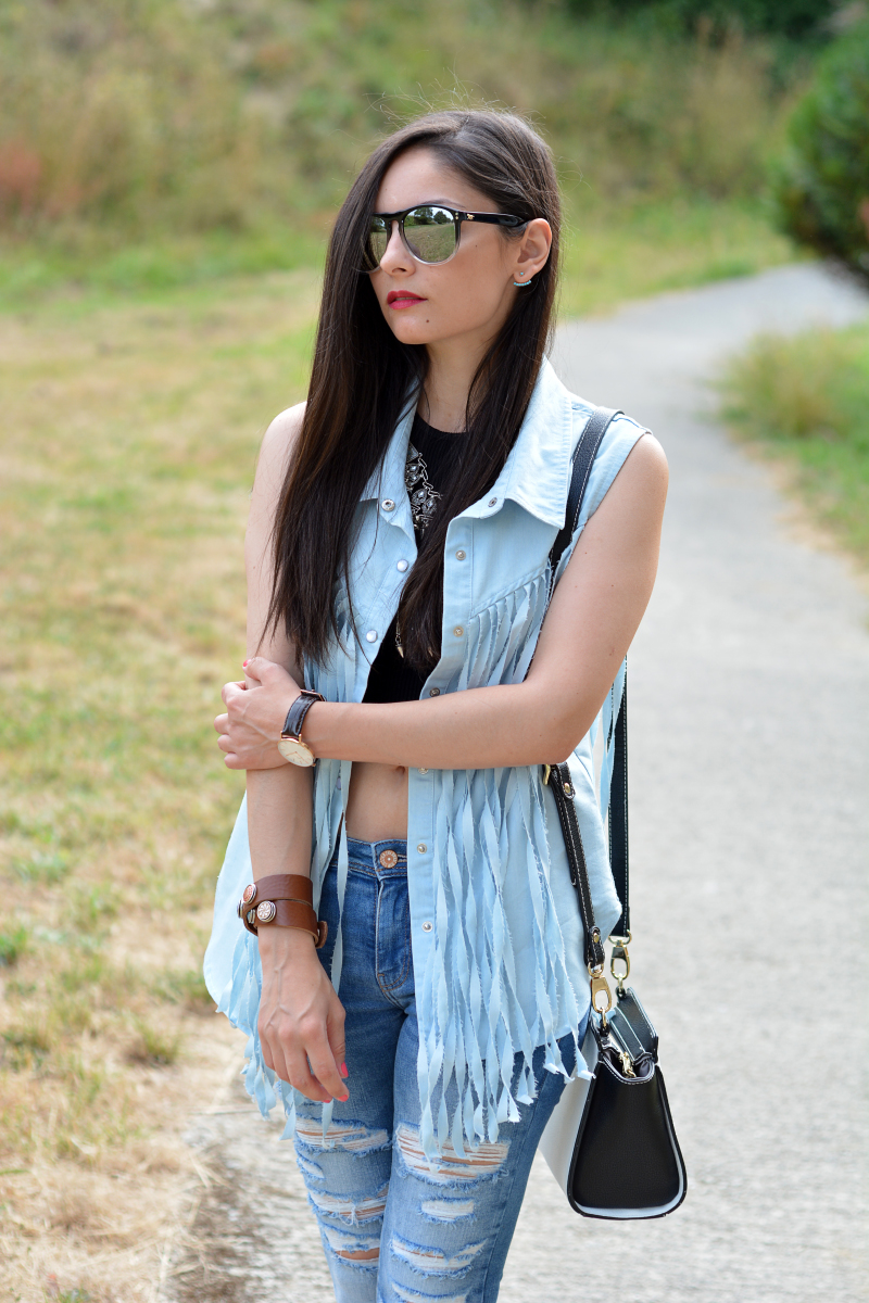 zara_outfit_jeans_crop_top_06