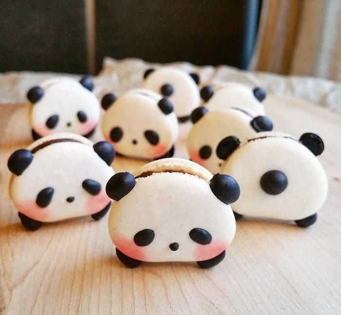 cute-panda-macaroons-melly-eats-world-23