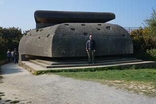 Machine gun nest at Longues-sur-Mer battery