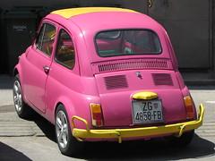 zastava 750(0.0), automobile(1.0), vehicle(1.0), automotive design(1.0), fiat 600(1.0), city car(1.0), fiat 500(1.0), antique car(1.0), land vehicle(1.0),