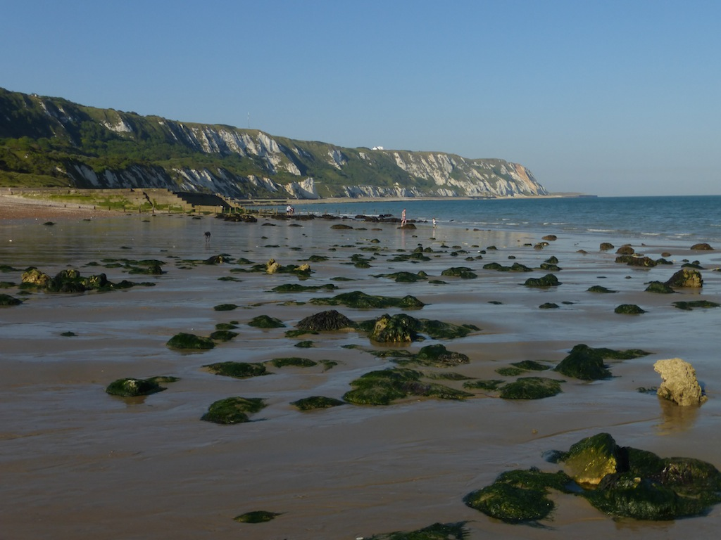 Warren beach (Folkestone) at low tide Folkestone Circular walk: Mind the underwater rocks if you go for a swim!