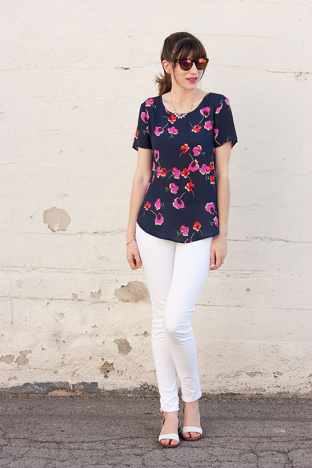 Brandzaffair, Pleione Floral Tee, Mirrored Sunnies, White Jeans