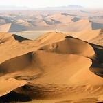 namib_desert_01_940_529_80_s_c1