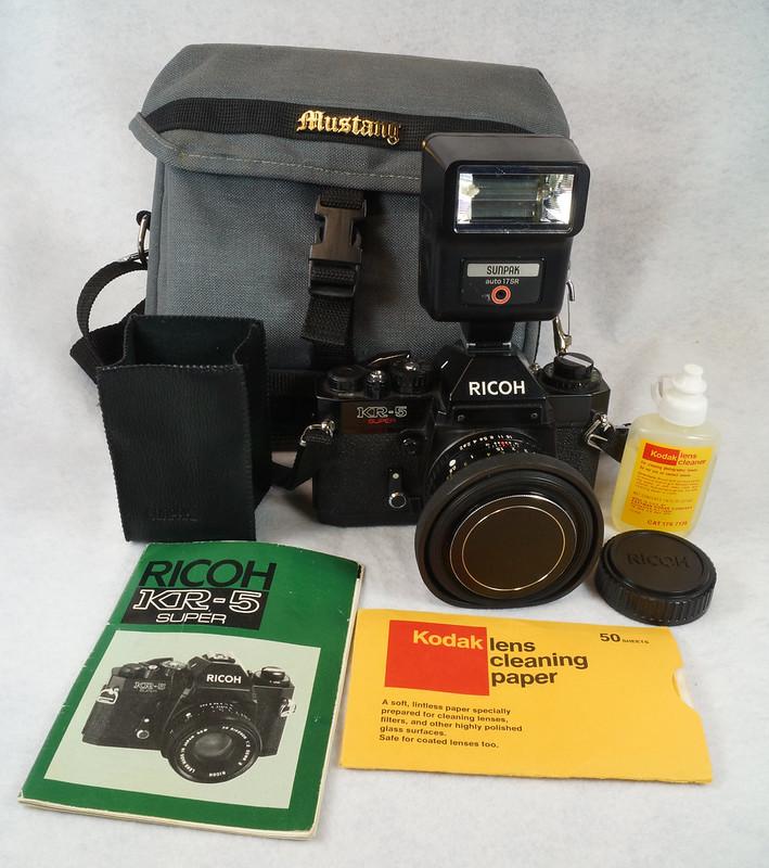 RD15023 Ricoh KR-5 SUPER 35mm SLR Film Camera XR Rikenon 50mm Lens, Sunpak Flash, Mustang Case DSC07453