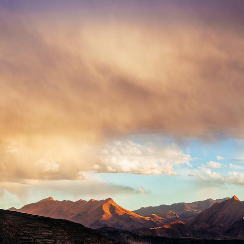 ríovilque rio vilque peru mountains rain cloud minimalist square landscape sunset painterly flong cameracanon5d2