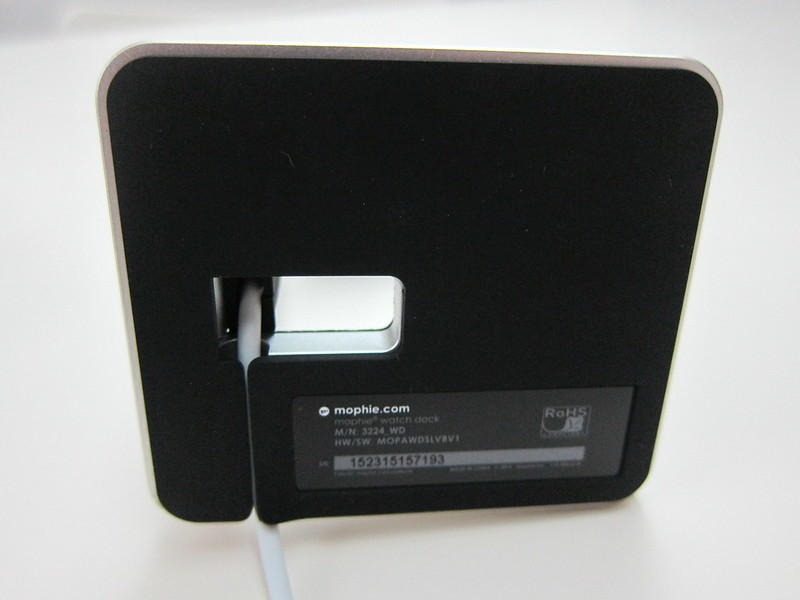 Mophie Apple Watch Dock - Cable Management