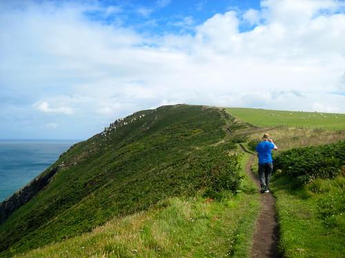 Pembrokeshire Coast Path: Pwll Gwaelod to Newport