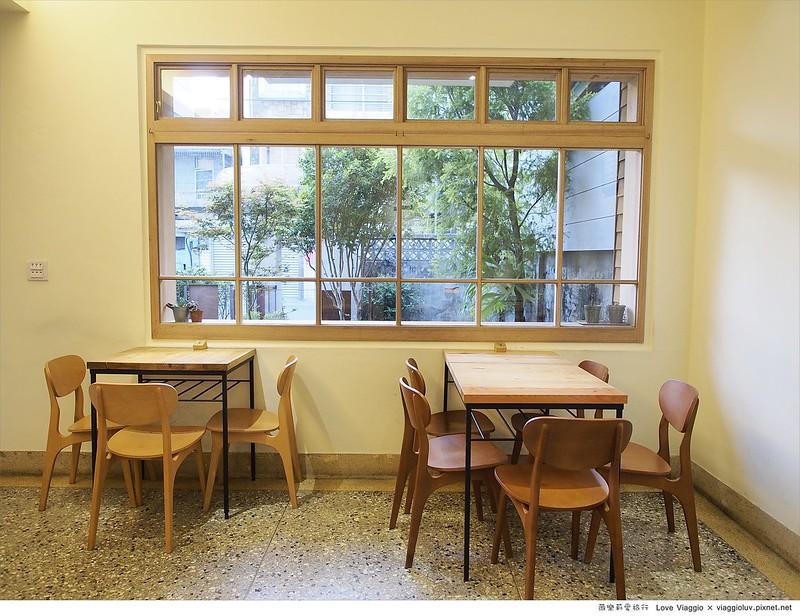 【台中 Taichung】田樂學院店 舊公寓改造餐廳之創意漢堡料理 For farm @薇樂莉 Love Viaggio | 旅行.生活.攝影