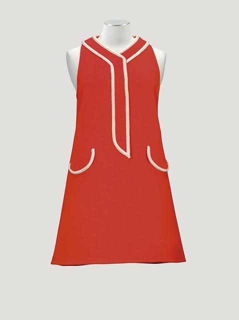 Emanuel Ungaro Haute Couture, 1967 - Lot 112