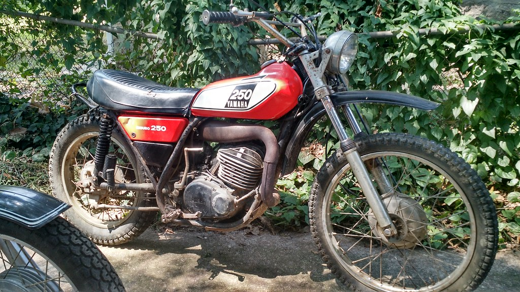 School me on the Yammy DT series | Adventure Rider