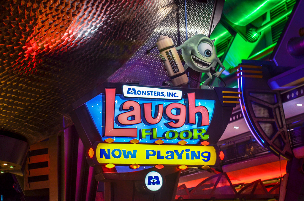 Laugh Floor sign MK