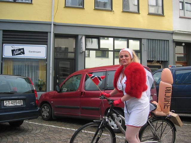 dildo riding horny lady