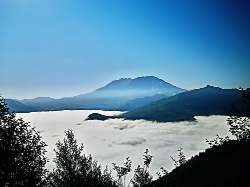 fog landscape washington cascades mtsthelens mountsainthelens mtsainthelens toutleriver toutlerivervalley