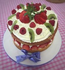 The Daisy Cake Company http://www.daisycakecompany.co.uk