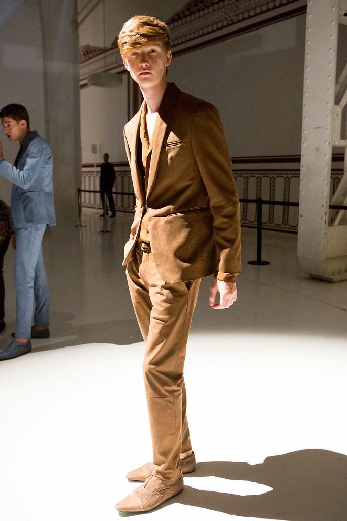 SS16 Milan Etro275_Liviu Scortanu(fashionising.com)