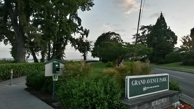 Grand Avenue Park
