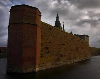 Image of Kronborg Castle near Helsingør. helsingør helsingör elsinore elseneur kronborg kronborgslot kronborgslott slot slott castle chateau nordsjælland sjælland själland zealand danmark denmark danemark dänemark giåm guillaumebavière