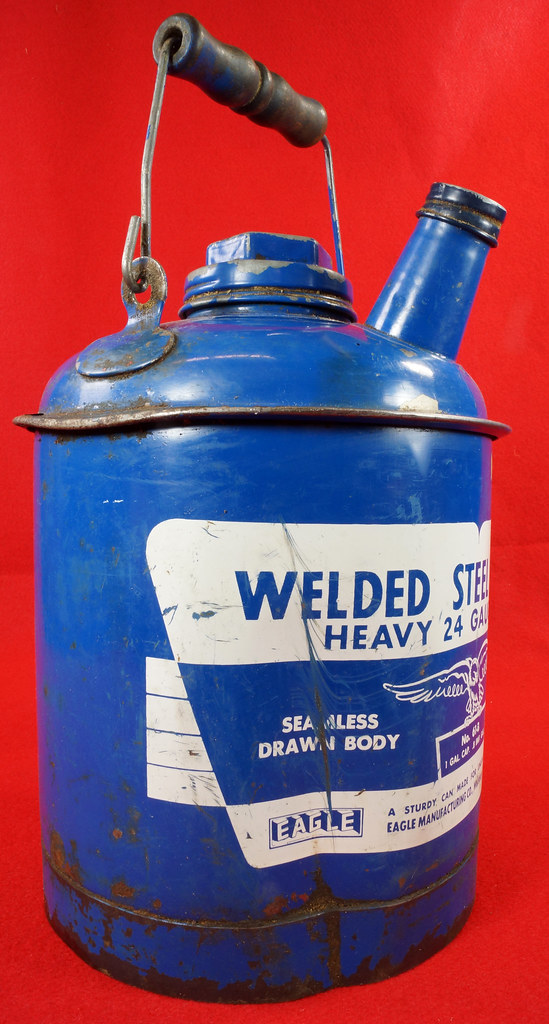RD7979 Vintage Original Eagle Welded 24 Gauge Steel Blue 1 Gallon Oil Can DSC08057
