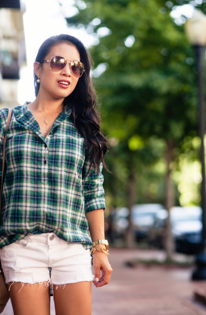 cute & little blog | green plaid shirt, white distressed shorts, ankle booties, brown aviators | summer fall outfit