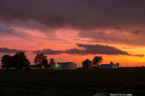 pink trees sunset red orange house storm color yellow farmhouse gold golden evening illinois colorful dusk farm vivid stormy farmland silo thunderstorm dwight fiery severe kevinpalmer tamron1750mmf28 pentaxk5