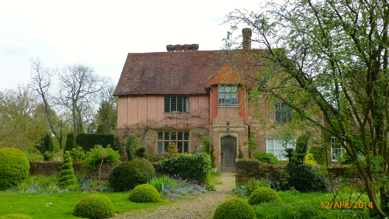Elizabethan house incorporating remnants of the original Cistercian Abbey buildings SWC Walk 216 Kelvedon Circular
