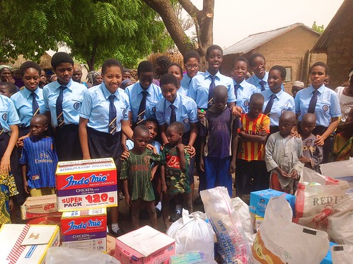 The students of Louisville Girls Secondary School, Gwagwalada, visited Kwalita, a poor village on the outskirts of Abuja recently
