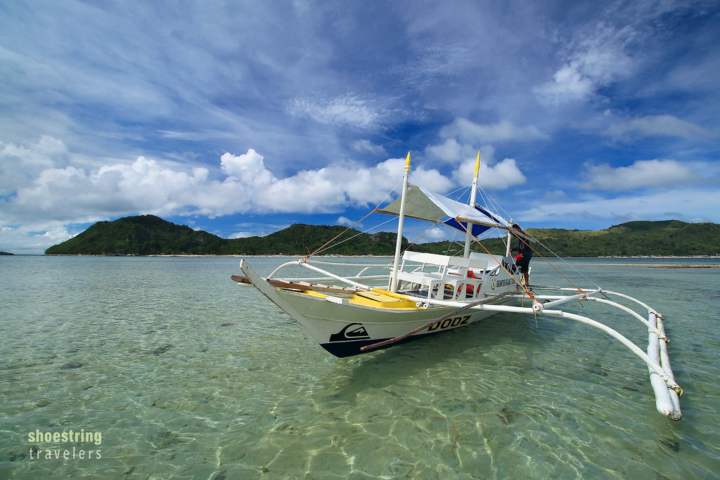 outrigger boat at Bublubadiang Island, Gigantes Norte